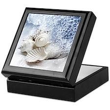Seashells washed ashore Keepsake Box