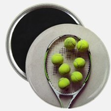 Tennis racquet and tennis balls. Magnet