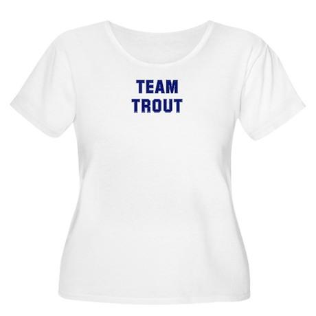 Team TROUT Women's Plus Size Scoop Neck T-Shirt
