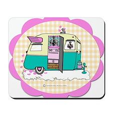 lil vintage trailer Mousepad
