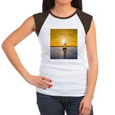 Sailing into the sunset Women's Cap Sleeve T-Shirt
