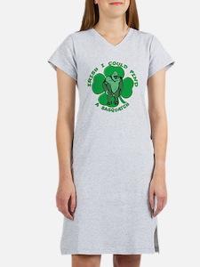 Irish Bigfoot Women's Nightshirt