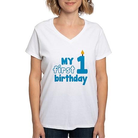firstBirthCandle1B Women's V-Neck T-Shirt