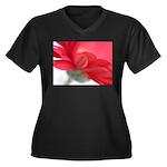 Red Gerber Daisy Women's Plus Size V-Neck Dark T-S