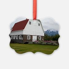 Wineck barn Ornament