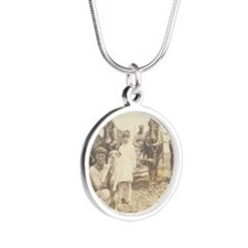 print12 Silver Round Necklace