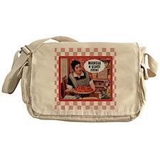 Mangia e Statti Zitto Messenger Bag