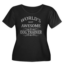 dog trai Women's Plus Size Dark Scoop Neck T-Shirt