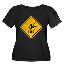 Fairy Cr Women's Plus Size Dark Scoop Neck T-Shirt