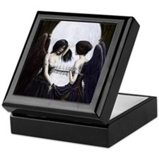 skull illusion coloured gn high res Keepsake Box