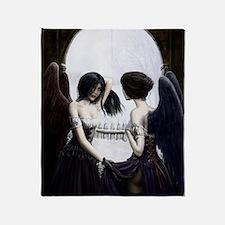 skull illusion Throw Blanket