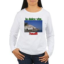 la dolce vita Amalfi Italy. T-Shirt