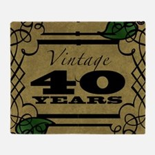 Vintage 40th Birthday (Gold) Throw Blanket