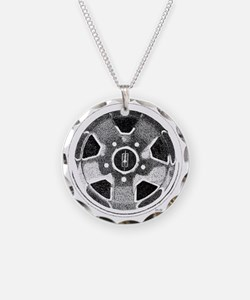 Olds Rallye Wheel pointillis Necklace