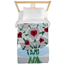 Luthers Roses in Vase Twin Duvet