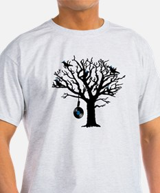 Musical Birds in Tree 2 Hangman blue T-Shirt