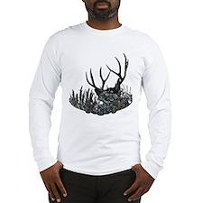 Hidden buck Long Sleeve T-Shirt