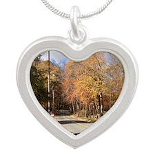 Greenwich Fall Silver Heart Necklace