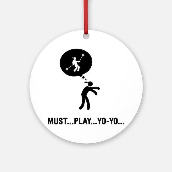 Yoyo-Player-C Round Ornament