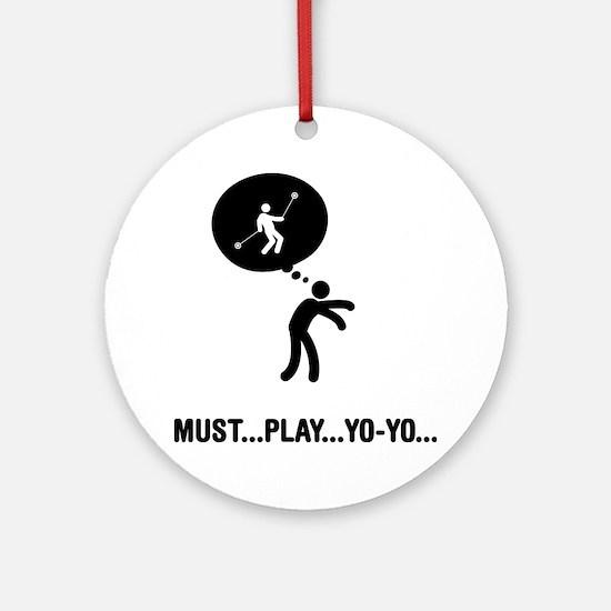 Yoyo-Player-A Round Ornament