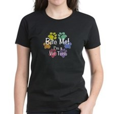 Bite Me! Im A Vet Tech (White Text) Womens Dark T