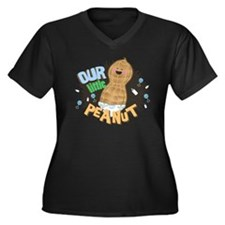 LITTLE PEANU Women's Plus Size Dark V-Neck T-Shirt