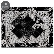Larissa - Black and White Card Trick patter Puzzle