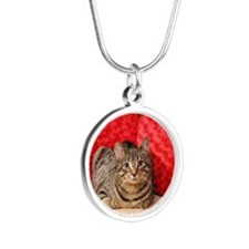 Daisy Kitty Silver Round Necklace
