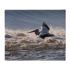 pelican 8x8 Throw Blanket