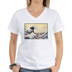 Kanagawa Japanese Art Women's V-Neck T-Shirt
