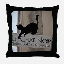 le chatmouse Throw Pillow