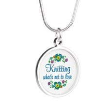 Knitting to Love Silver Round Necklace