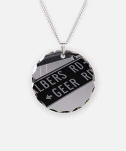Albers Turns Into Geer Necklace