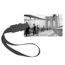 Brooklyn Bridge Pedestrians Luggage Tag