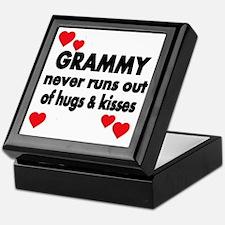 GRAMMY  NEVER RUNS  OUT OF HUGS  KISS Keepsake Box