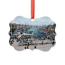 Fish_market,_Bergen,_Norway_(LOC) Ornament