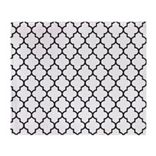 Black quatrefoil lattice pattern Throw Blanket