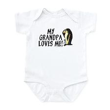 My grandpa loves me! (penguin Infant Bodysuit