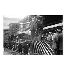 Steam Train at Station Postcards (Package of 8)