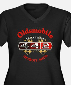 Olds 442 Mus Women's Plus Size Dark V-Neck T-Shirt