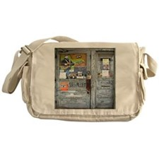 Ground Zero Blues Club Old Doors Gra Messenger Bag