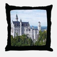 Neuschwanstein001 Throw Pillow