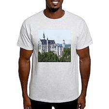 Neuschwanstein002 T-Shirt