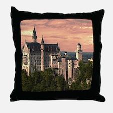 Neuschwanstein003 Throw Pillow