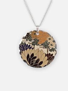Vintage Floral Design in Neu Necklace