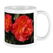 Fully Bloomed Red Roses Mugs