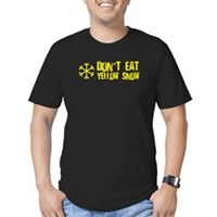 Don't Eat Yellow Snow Men's Fitted T-Shirt (dark)