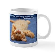 Idle kitten Mugs