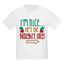 Im Nice Hes Naughty Elf Hat T-Shirt