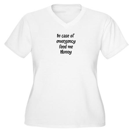 Feed me Honey Women's Plus Size V-Neck T-Shirt